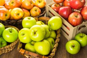 An Apple a Day: Five Health Benefits of Apples