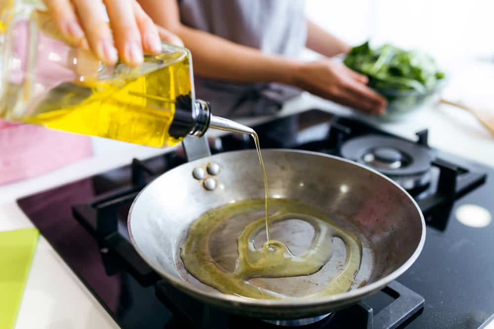 Cooking Oils 101 – Which is Best for What?